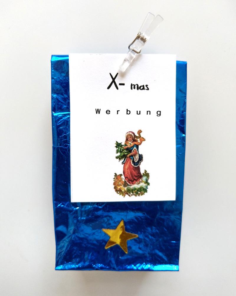 Teetüte leuchtend blau mit Weihnachtsmotiv