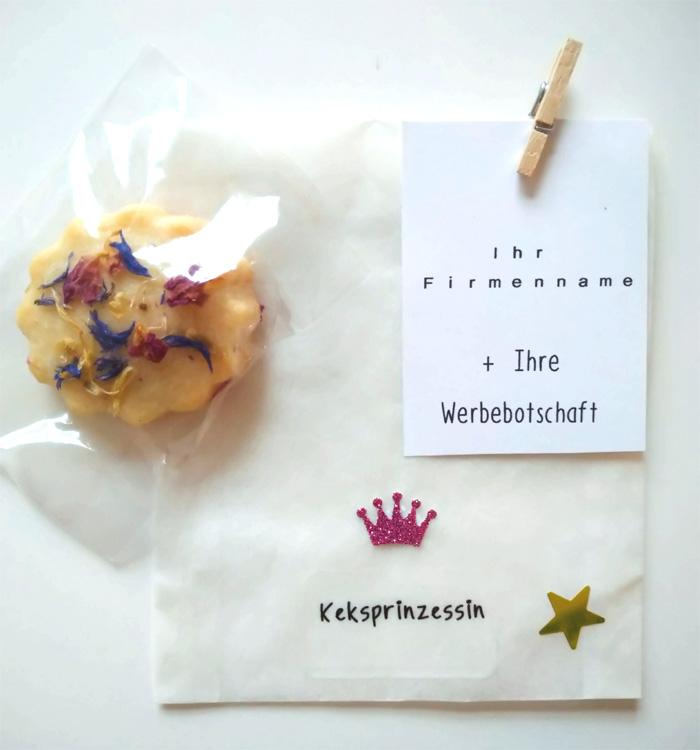 Pergamintüte Motiv Keksprinzessin mit Blütenkeks