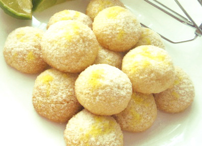selbstgebackene cocos lemon bällchen