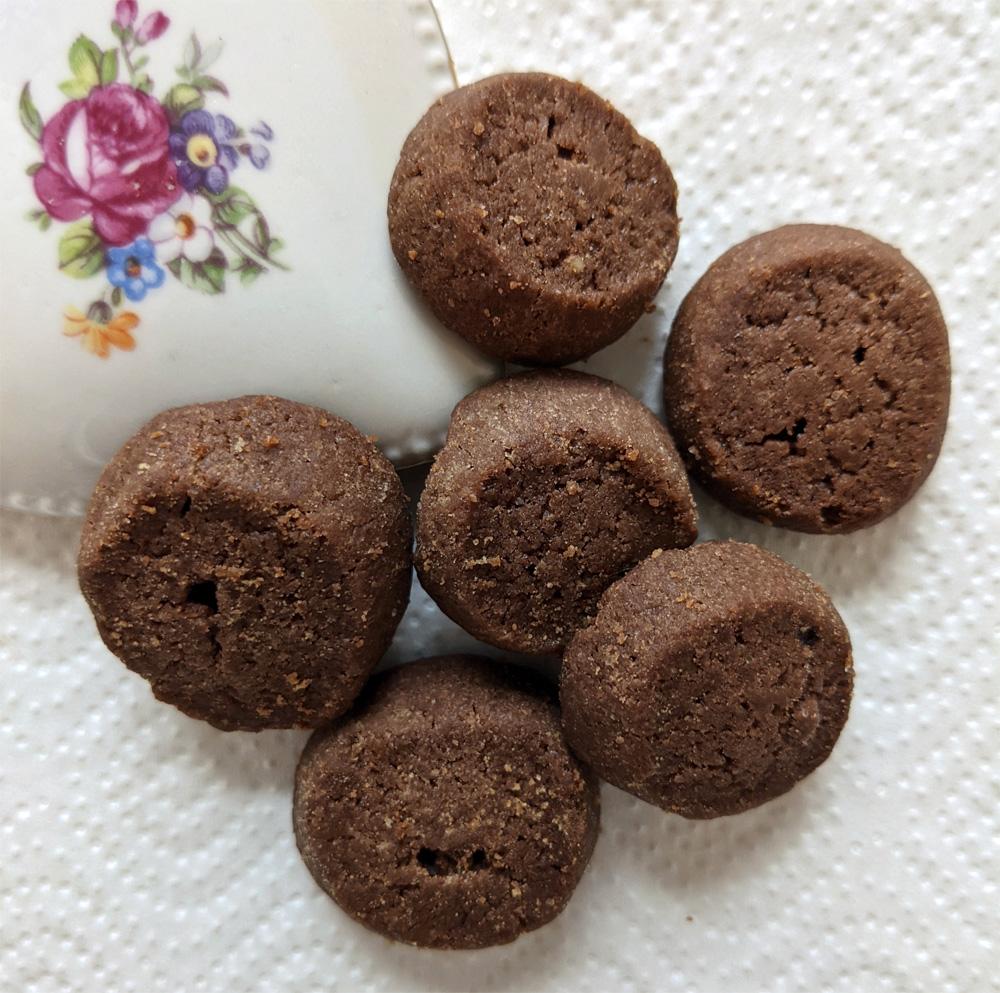 kleine schoko-kekse handgemacht